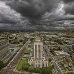 storm-approaching-city