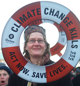 climate change kills lifebuoy_opt