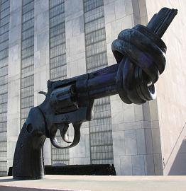 gun statue resized cropped